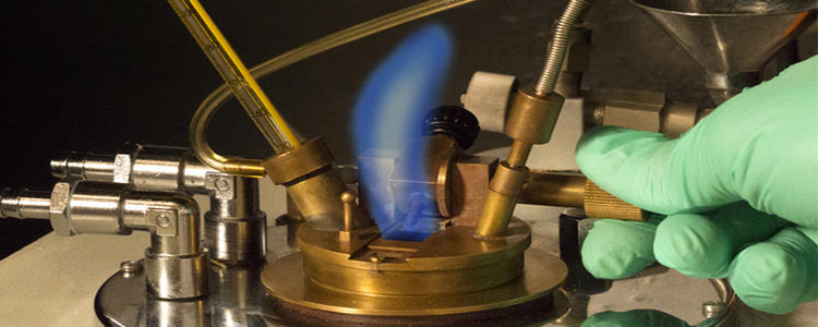 Mesure de point d'éclair en coupe fermée - DEKRA Process Safety